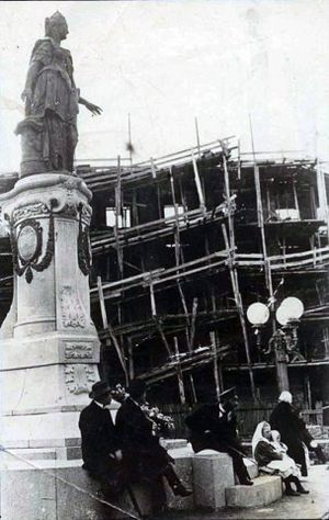 National Mining University of Ukraine - Construction of the Mining Institute in the late 1890s.