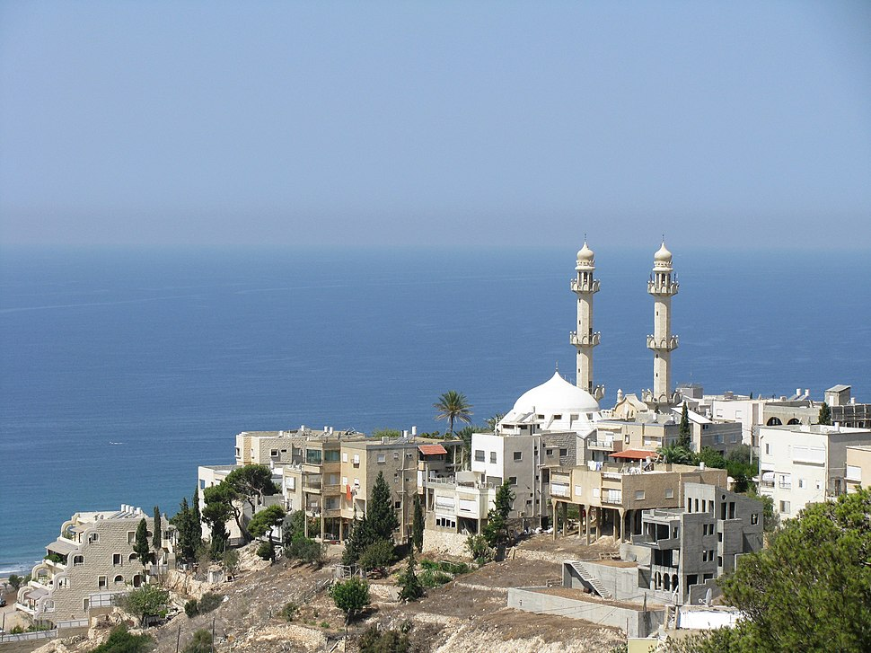 מסגד סיידנא מחמוד בשכונת כבביר בחיפה