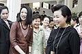 นางพิมพ์เพ็ญ เวชชาชีวะ ภริยา นายกรัฐมนตรี ส่งภริยานายก - Flickr - Abhisit Vejjajiva.jpg