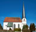 02-Pfarrkirche Neukirchen am Inn Ansicht von Süden.png