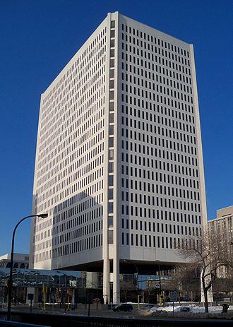 100 Washington Square - Image: 100 Washington Square Minneapolis 1