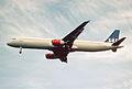 190bk - Scandinavian Airlines Airbus A321-232, OY-KBF@LHR,05.10.2002 - Flickr - Aero Icarus.jpg