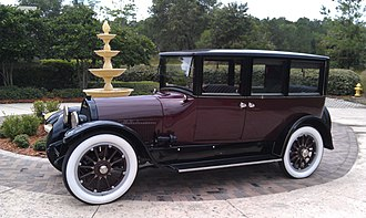 Chevrolet Superior - Image: 1921 Cadillac Suburban