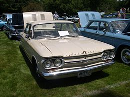 Una Chevrolet Corvair del 1964