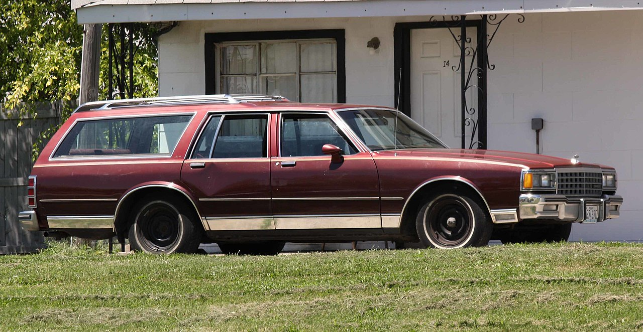 File:1985 Chevrolet Caprice Wagon1 jpg - Wikimedia Commons