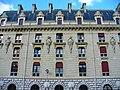 2006 Caserne de la Garde républicaine Paris 4585004909.jpg