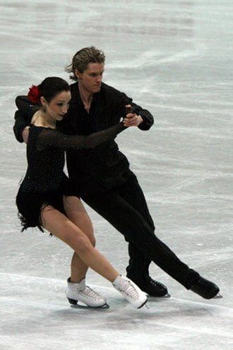 Compulsory dance - Meryl Davis and Charlie White perform the Argentine Tango.