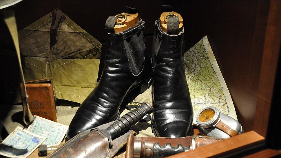 2011-01-6 Baugnez laarzen van George Patton 6-01-2012 14-09-34