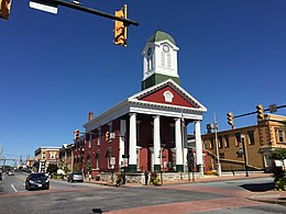 2016-09-27 12 32 38 The Jefferson County Court House at the intersection of West Virginia State Route 115 (George Street) and West Virginia State Route 51 (Washington Street) in Charles Town, Jefferson County, West Virginia.jpg