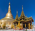 2016 Rangun, Pagoda Szwedagon (018).jpg