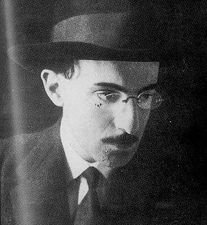 Portuguese poetry - Photo of Fernando Pessoa