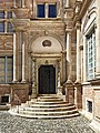 31 - Hôtel d'Assézat - Porte escalier de l'angle nord-ouest.jpg