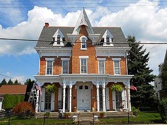Oley Township, Berks County, Pennsylvania - Image: 413 Main Oley Village Berks Co PA