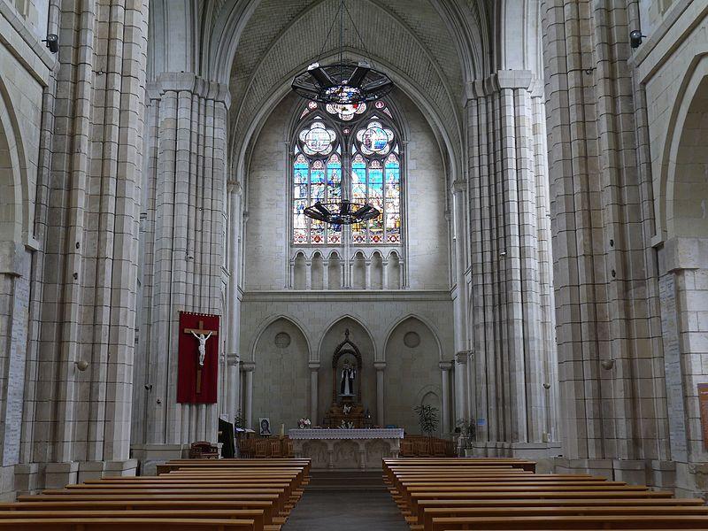 La nef de l'abbaye.