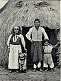 A family of Araucauians (Chile).jpg