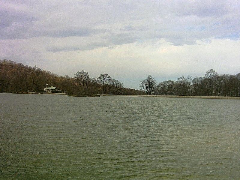 File:Abbasabad behshahr lake 6 - panoramio.jpg