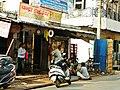 Agra 194 - street scene (27727186428).jpg