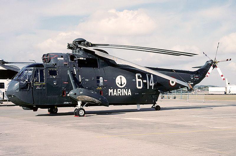800px-Agusta_SH-3D_Sea_King_(AS-61),_Ita