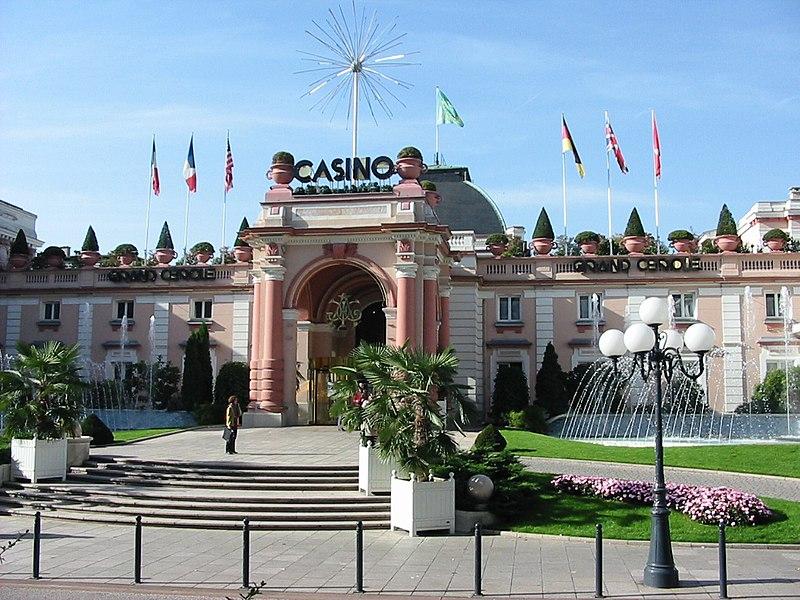 Fichier:Aix-les-Bains Casino.jpg