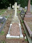 Alan Ernest Wale RFC grave Southgate Cemetery.jpg