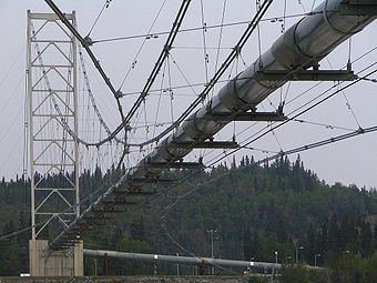 Alaska Pipeline Bridge.jpg