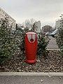 Allée piétonne aux Folliets (rue des Folliets à route de Genève), Saint-Maurice-de-Beynost - borne incendie.jpg