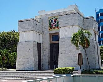 La Trinitaria (Dominican Republic) - Altar de la Patria, wherein lie the remains of the Dominican Republic's founding fathers Duarte, Sánchez, and Mella