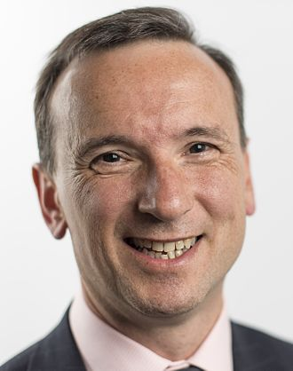 Office of the Secretary of State for Wales - Image: Alun Cairns 2016