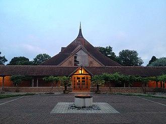 Amaravati Buddhist Monastery - Image: Amaravati Monastery Temple