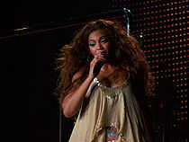 Another Beyonce photo - Barcelona 2007.jpg