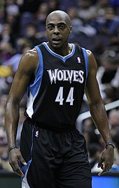 Antony Tolliver wearing two wristbands while playing for the Timberwolves