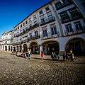 Arcadas com lojas of shops, Praça do Giraldo, Évora (16103952040).jpg
