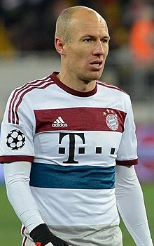 4aafa3243 Arjen Robben v Shakhtar 2015 (cropped).jpg. Robben playing for Bayern Munich  ...
