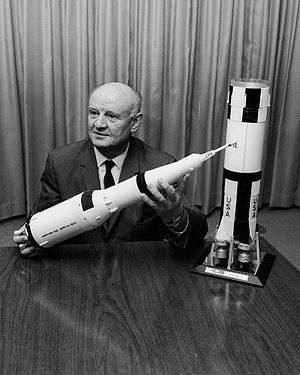 Arthur Rudolph - Rudolph showing a model of the Saturn V