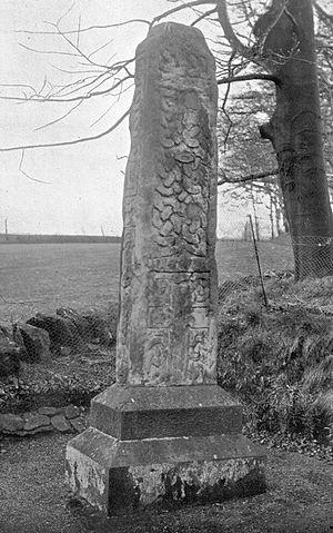 Barrhead - Image: Arthurlie stone