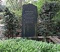 August Batzem -grave 01.jpg