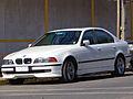 BMW 540i 4.4 2000 (14056378395).jpg