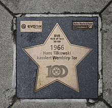 BVB-walk-of-fame-Tilkowski.jpg