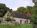 Barn at Ballidon with house attached - geograph.org.uk - 953403.jpg