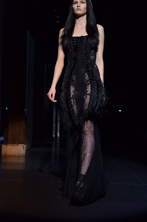 File basil soda spring summer haute couture 2012 57 jpg for Haute couture wikipedia
