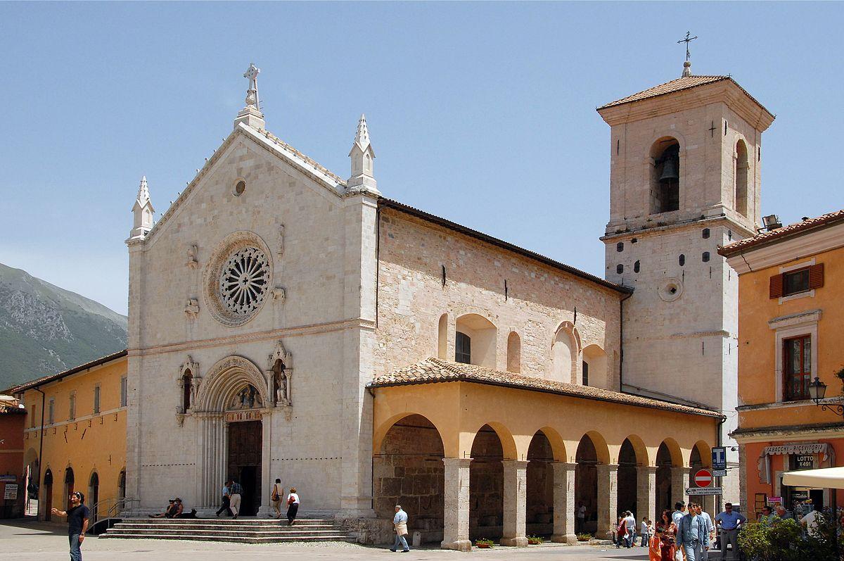 Basilica di san benedetto wikipedia - Vi metto a tavola san benedetto ...