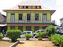 Cayenne wikivoyage le guide de voyage et de tourisme for Maison moderne haiti