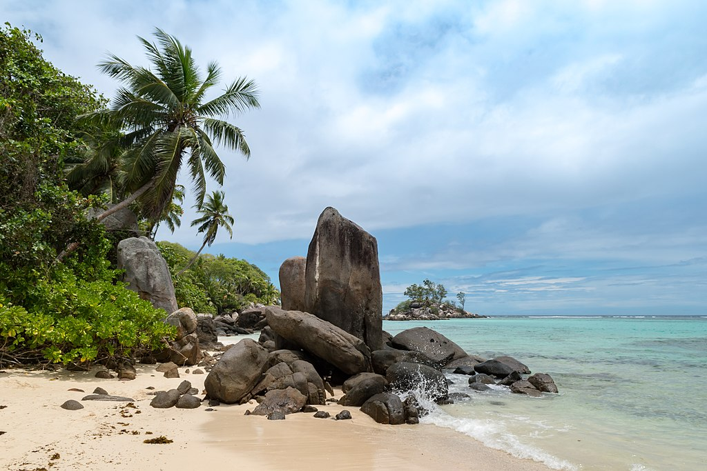 Beach Anse Royale one the island Mahe, Seychelles (38723052685)