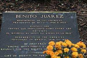 Benito Juárez (Martinez) - Plaque for the Chicago statue, 2014