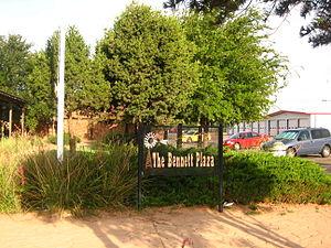 Denver City, Texas - Image: Bennett Plaza IMG 0385