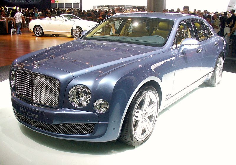 http://upload.wikimedia.org/wikipedia/commons/thumb/4/42/Bentley_Mulsanne_2009.JPG/800px-Bentley_Mulsanne_2009.JPG