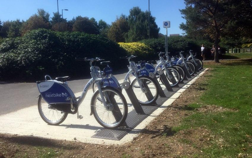 Bike docking station