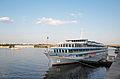 Boat on Dnieper2.jpg