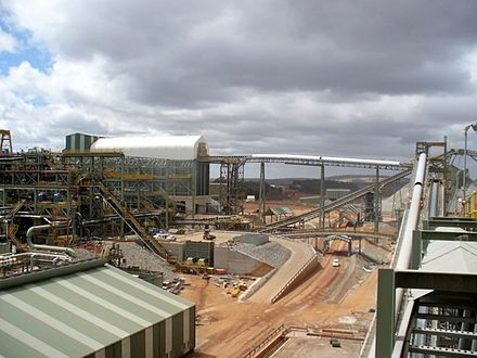 The Boddington Gold Mine in Western Australia is the nation's largest open cut mine. Boddington Gold Mine 12.jpg