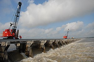 Bonnet Carré Spillway - The Bonnet Carre Spillway diverting excess Mississippi River water.